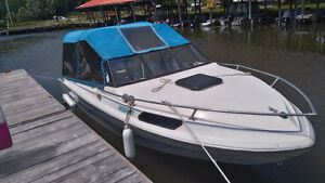 19' Family/fishing cruiser with Cuddy cabin & trailer for sale