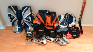 Hockey Goalie Equipment / Équipement de gardien de but d'hockey