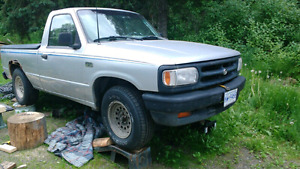 Mazda b3000, 2wd, for parts or to fix up