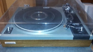 Vintage Pioneer Stereo Turntable PL-112D from 1976 $250.00