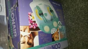 Foot spa/bath by Conair