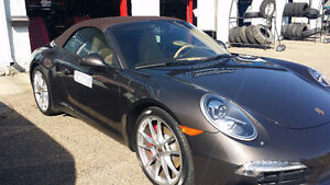 2013 Porsche 911 S Coupe (2 door)