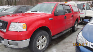 2004 Ford F-150 SuperCrew XLT  4X4  WITH  LEER CAP