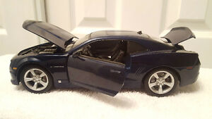 2010 Cheverolet Camaro 1:18 diecast car