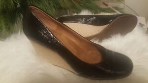 Aerosoles Artillery Women's Sz 8 Wedge Patent Black Slip on Pump