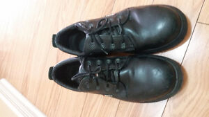 Cofra brand Mens black safety work shoes. Size men's 12