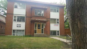 208 Main St - 1 br quiet building STUDENTS WELCOME
