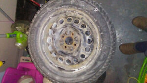 REDUCED Set of 4 Snow Tires 195 60R15