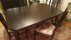 Ensemble Mobilier de salle à manger Table et 4 chaises