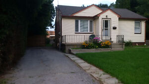 Steps from Fanshawe College !