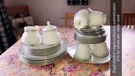 Royal doulton vogue tea set, 6 dinner plates, 6 salad plates