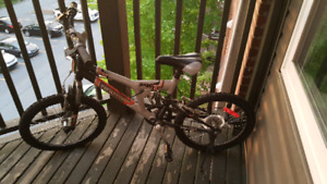 "Supercycle Vice 20"" Full Suspension Mountain Bike"