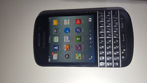 Rogers Q10 excellent condiiton With Holster