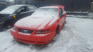 2002 MUSTANG.. JUST IN FOR PARTS AT PIC N SAVE! WELLAND
