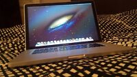 MACBOOK PRO 15 inch i7 2011 Mint condition