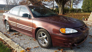 2000 Pontiac Grand Am GT Sedan