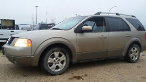 2006 Ford FreeStyle/Taurus X SEL  220km AWD  Safety  $3500 Wagon