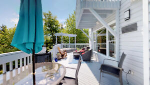 WATERFRONT WITH WHARF AND DECK- 4 BED, 4 BATH, PRIVACY GALORE