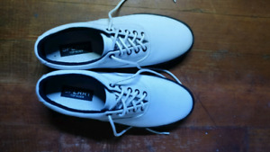 Mens Sperry Sneakers New without tags