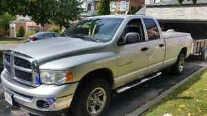 2005 Dodge Power Ram 1500 Pickup Truck - 8 ft Box CREW cab