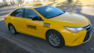 Taxi 2016 toyota camry le