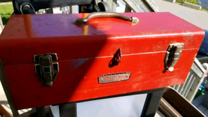 Craftsman Toolbox & Trouble Light Set