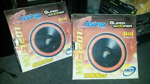 sub woofer cuspid de 600 watts comme neuf