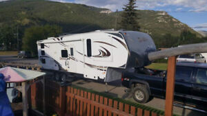 2012 34ft Fifth Wheel-For Rent