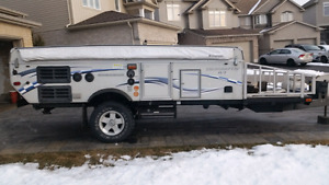 2006 Starcraft 13RT tent trailer/toy hauler