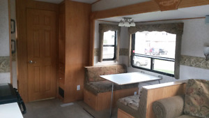 combination truck anf fifth wheel