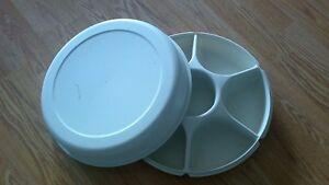 Extra Large Tupperware Veggie Tray Dish