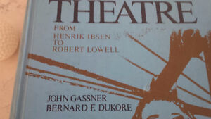 Book: A Treasury of the Theatre, Vol Two, 4th Edition Kitchener / Waterloo Kitchener Area image 2