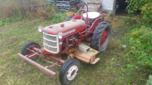 1960 international farmall cub lowboy