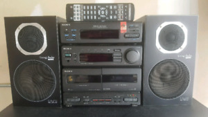 Sony Stereo System AM/FM + speakers (Japan)