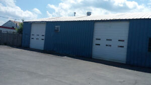 Commercial Building in Cornwall 4000 S.F.