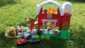 Little People Farm with extras