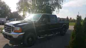 2002 Ford F-250 Lariat Model 7.3L Power Stroke Turbo Deasil