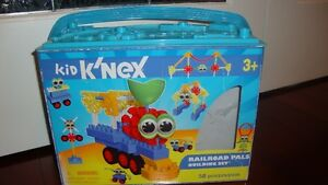 Kid K'NEX Railroad Pals Building Set