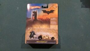 HOT WHEELS BATCOPTER AND BATMOBILE with figurines