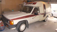 1985 Toyota 1 TON TRUCK WITH CAMPER