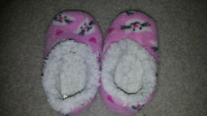 Baby girls size 5-6 slippers
