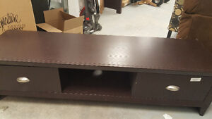 Lakewood audio video stand (51175234)