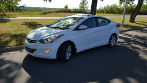 ***SOLD ***2012 Hyundai Elantra Limited with Navigation