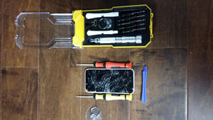 iSolutions - iPhone repair specialists
