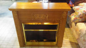DIMPLEX SYMPHONY ELECTRIC FIREPLACE & MANTLE LIKE NEW