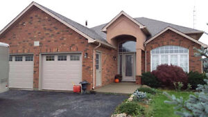 BUNGALOW AVAILABLE FOR RENT ON STONEY CREEK MOUNTAIN