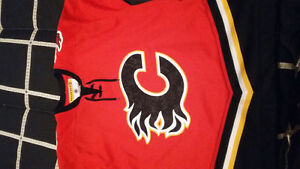 Flames 2003/04 team signed cup run Jersey
