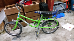 Awesome vintage green super de luxe bike