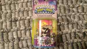 skylanders swap force Enchanted star strike lightcore