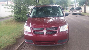 2009 Dodge Caravan Minivan   winter special